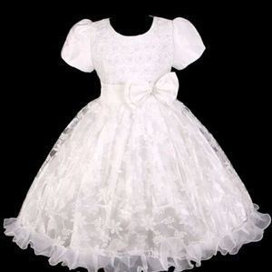 Other - NWT WHITE PEARL N LACE DRESS SZ 5
